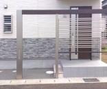 LIXIL Gフレームの玄関前目隠し兼門柱 千葉県鎌ヶ谷市