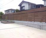 駐車場と庭の目隠し 千葉県市川市