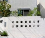 シンプルな外構とイペのデッキ 船橋市