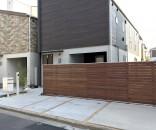 ウリンの横板貼り塀とプライベートガーデン 葛飾区堀切