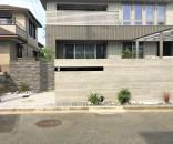 石貼りデザインで高級感のある外構@千葉市
