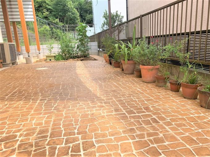 スタンプコンクリートでお庭を明るく @市川市 写真