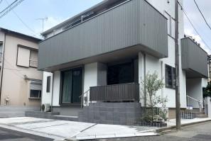 2世帯住宅のモダンな外構 @江戸川区