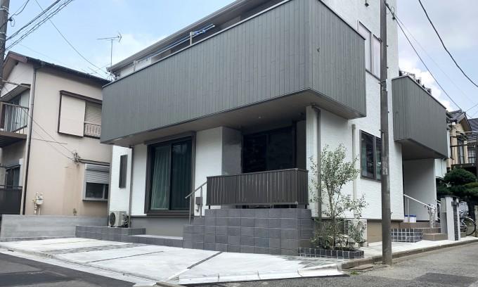 2世帯住宅のモダンな外構 @江戸川区 写真